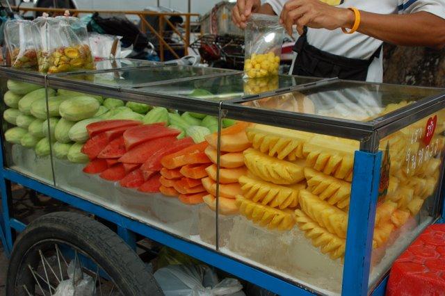 tajska-kuchnia-emerytura-w-tajlandii-wakacje-w-tajlandii-wyjazd-do-tajlandii-tajskie-potrawy-2